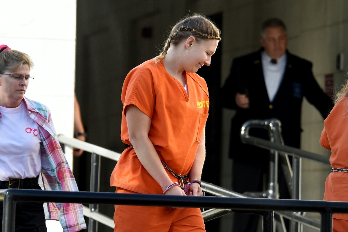 After Dark Times In Pretrial Detention Reality Winner Sought Closure In Plea Deal