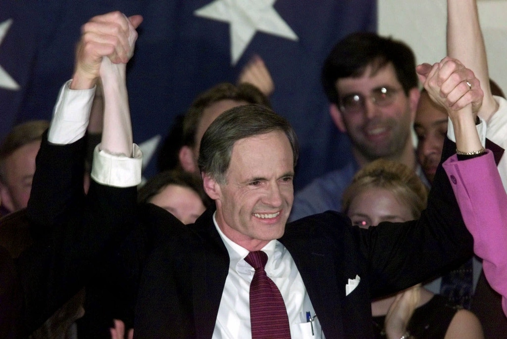 Senate candidate Delaware Gov. Tom Carper celebrates his victory over Sen. William Roth, R-Del., in Wilmington, Del., Tuesday, Nov. 7, 2000. (AP Photo/Roberto Borea)
