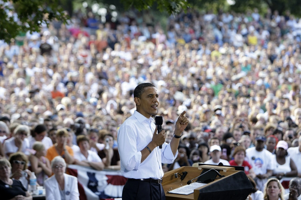 Democratic presidential candidate, Sen. Barack Obama, D-Ill., speaks at a rally at Buchanan Park in Lancaster, Pa., Thursday, Sept. 4, 2008.(AP Photo/Alex Brandon)