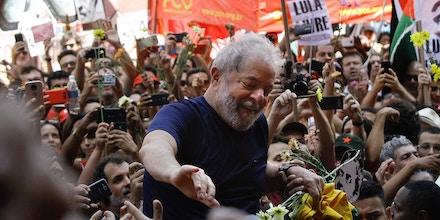 Chomsky Eu Recém Visitei Lula