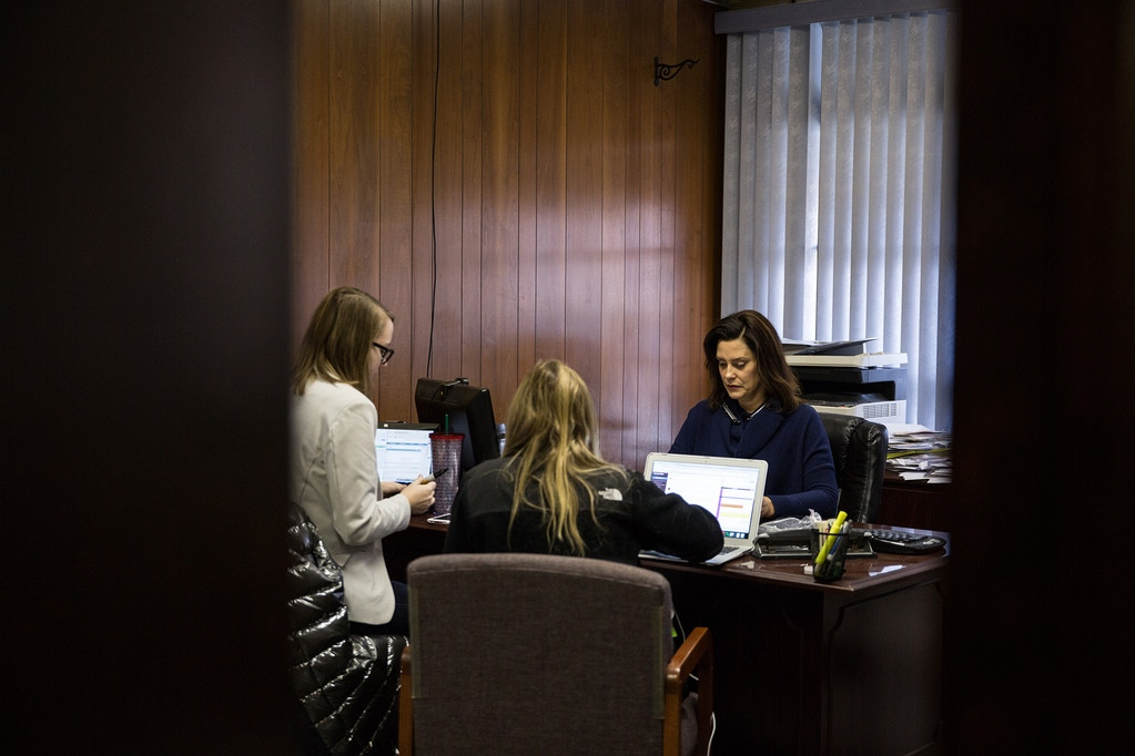 DETROIT, MI  - DECEMBER 19: Gretchen Whitmer and her team begin call time at their location in Detroit Michigan located off W McNichols Rd on December 19, 2017. (Photo by Ali Lapetina for The Washington Post via Getty Images)