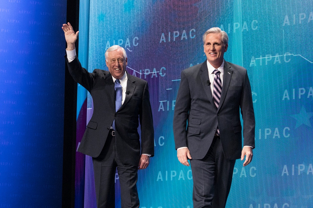 (L-R): Rep. Steny Hoyer (D-MD), and Rep. Kevin McCarthy (R-CA), enter the stage, for a panel discussion at the 2018 American Israel Public Affairs Committee (AIPAC) Policy Conference, at the Walter E. Washington Convention Center in Washington, D.C., on Monday, March 5, 2018. (Photo by Cheriss May)(Sipa via AP Images)