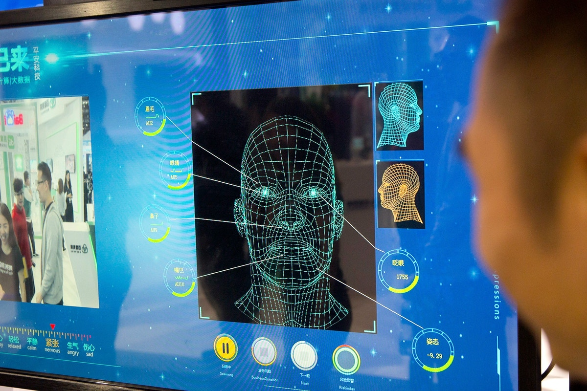 """Artificial Intelligence Experts Issue Urgent Warning Against Facial Scanning With a """"Dangerous History"""""""