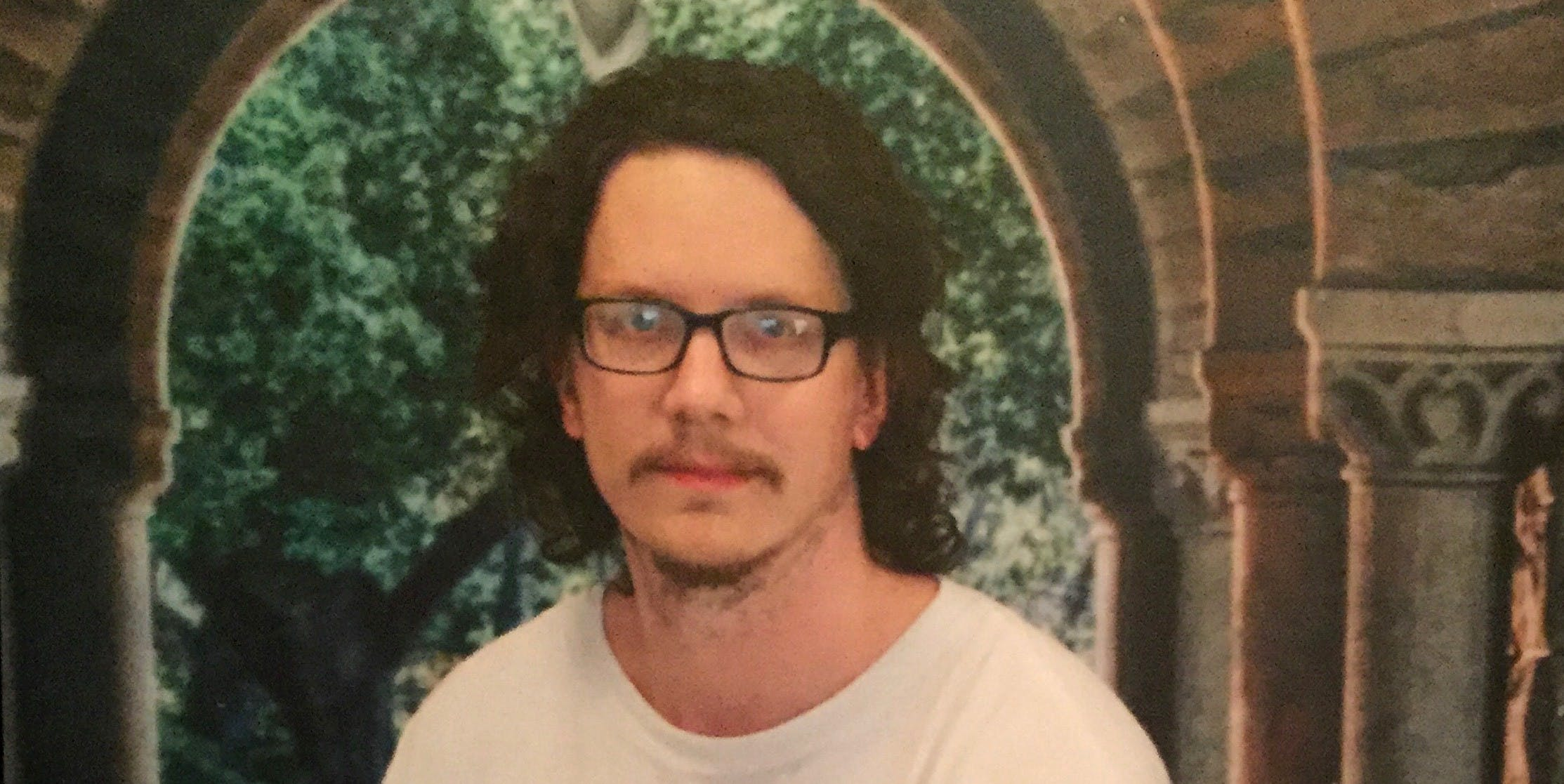 Imprisoned Hacktivist Jeremy Hammond Bumped a Guard With a Door — and Got Thrown in Solitary Confinement