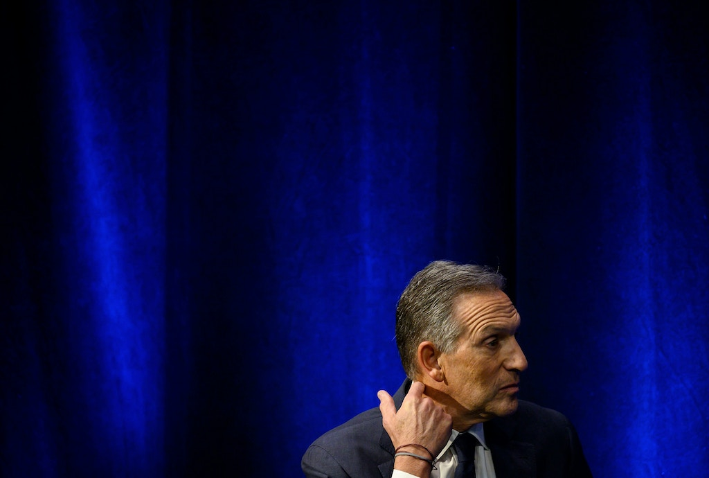 Former Chairman and CEO of Starbucks, Howard Schultz, speaks during the presentation of his book 'From The Ground Up' on January 28, 2019 in New York City. (Photo by Johannes EISELE / AFP)(Photo credit should read JOHANNES EISELE/AFP/Getty Images)