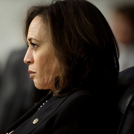 WASHINGTON, DC - JANUARY 15: Sen. Kamala Harris (D-CA) listens to testimony from U.S. Attorney General nominee William Barr during his confirmation hearing January 15, 2019 in Washington, DC. Barr, who previously served as Attorney General under President George H. W. Bush, was confronted by senators about his views on the investigation being conducted by special counsel Robert Mueller. (Photo by Chip Somodevilla/Getty Images)