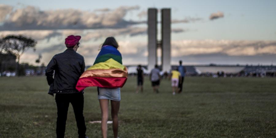 Parada do Orgulho LGBT de Brasília, em junho de 2017.