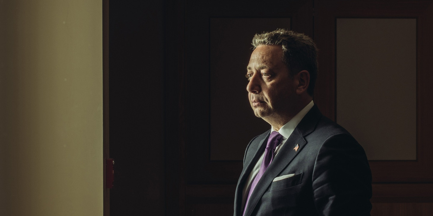 Did Felix Sater's Years as an Informant Help Land Him at the Center
