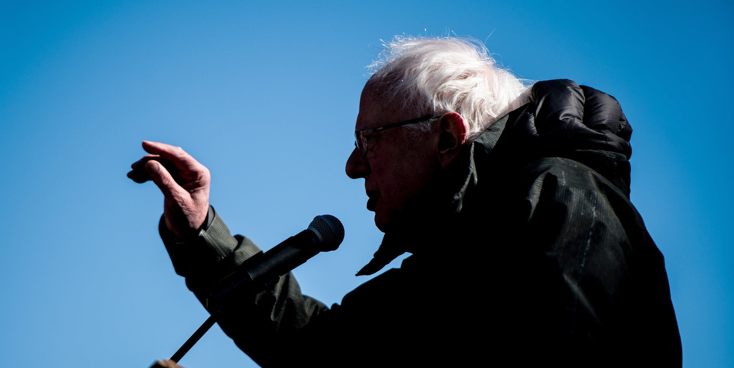 The Reluctance of Bernie Sanders to Release His Damn Tax Returns Is Part of a Bigger Issue