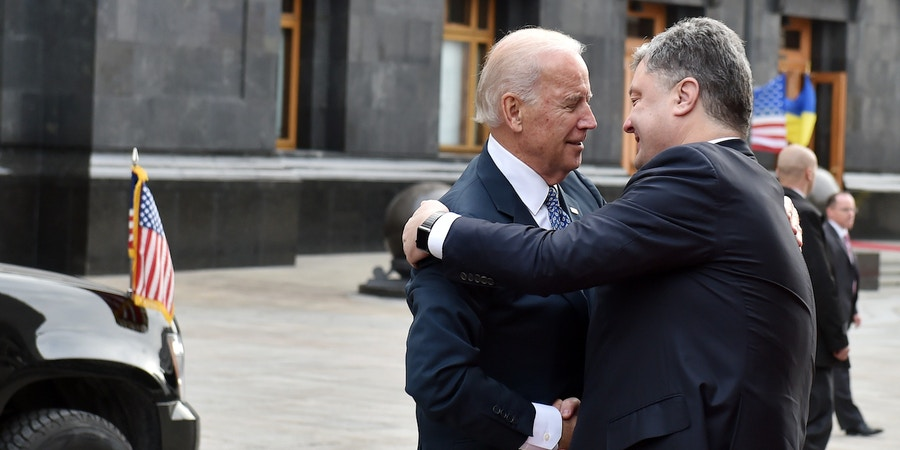 US Vice President Joe Biden (L) shakes hands with Ukrainian President Petro Poroshenko prior to their talks in Kiev on December 7, 2015.Joe Biden is in Ukraine for a three-day working visit. / AFP / POOL / SERGEI SUPINSKY (Photo credit should read SERGEI SUPINSKY/AFP/Getty Images)