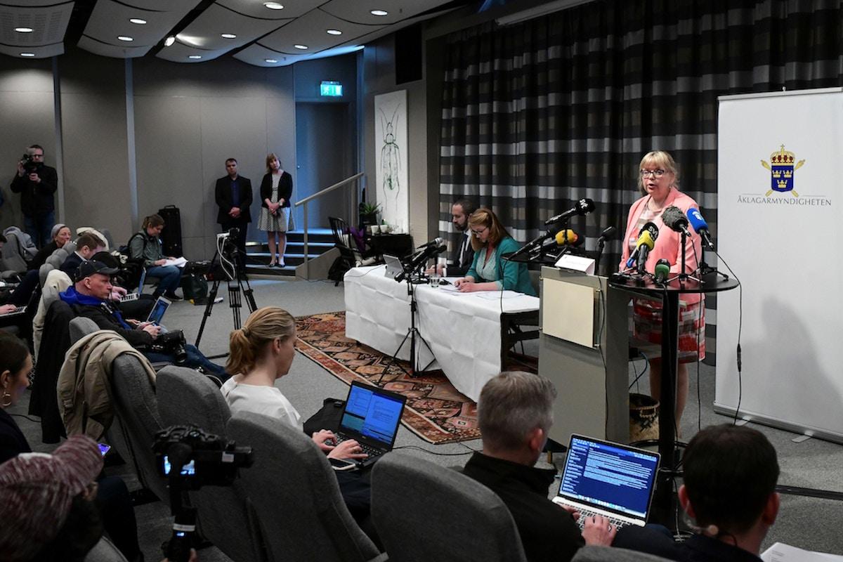 Sweden Reopens Rape Investigation of Julian Assange