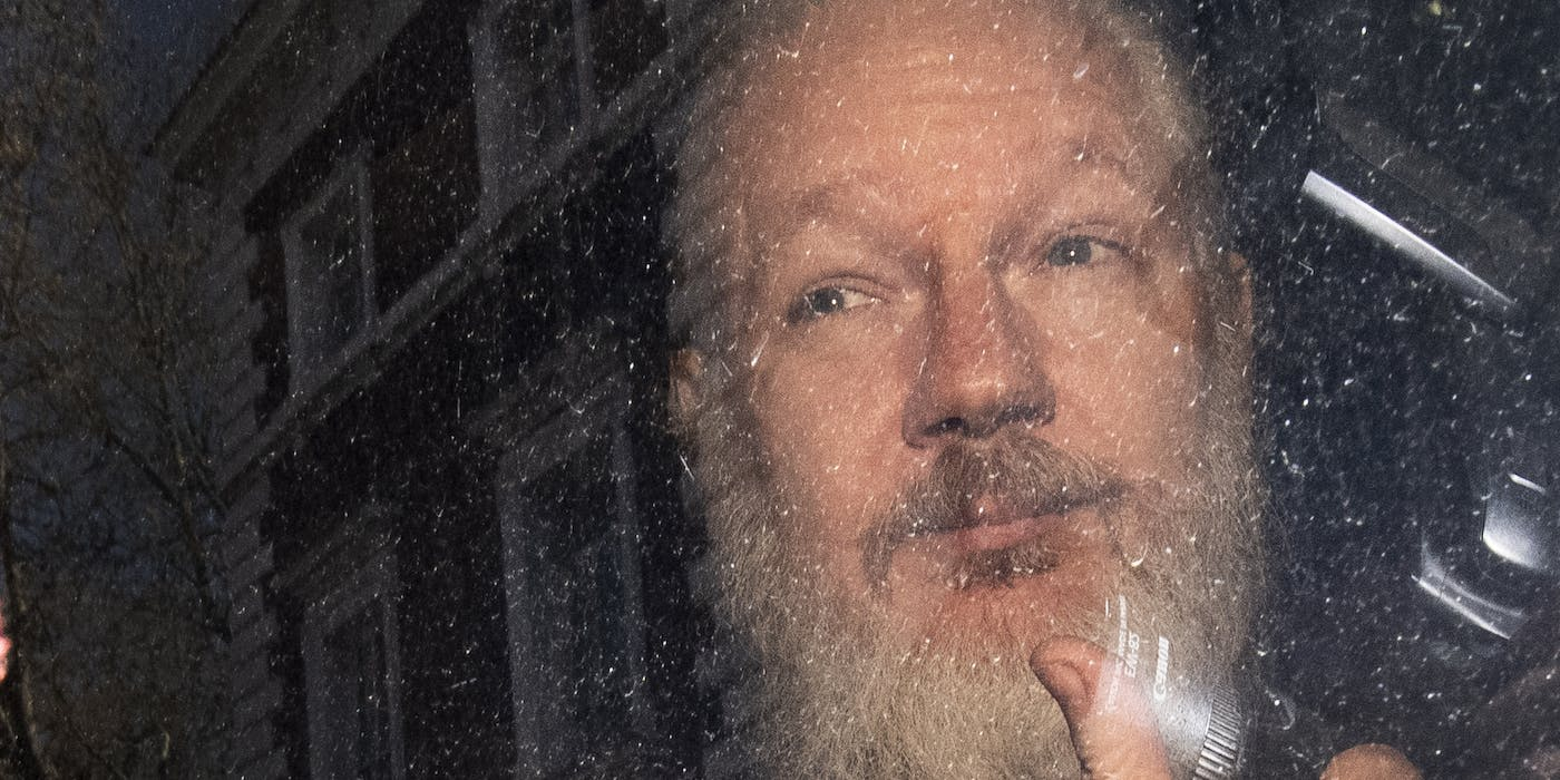 Charging Julian Assange With Espionage Could Make His Extradition to U.S. Less Likely