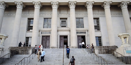 FILE-- The Orleans Parish Criminal District Court in New Orleans, Sept. 17, 2015. The Orleans Parish Sheriff's office records calls made by inmates to their lawyer's cellphone and archives them in a system that law enforcement officials can access. (William Widmer/The New York Times)