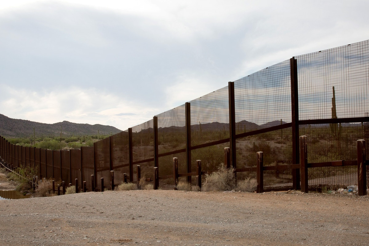 """The Fourth Amendment Doesn't Apply Here"" — U.S. Border Guards Arrest Arizona Immigrant Rights Volunteer"