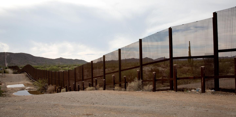 Border fence facing north towards Lukeville, Arizona.