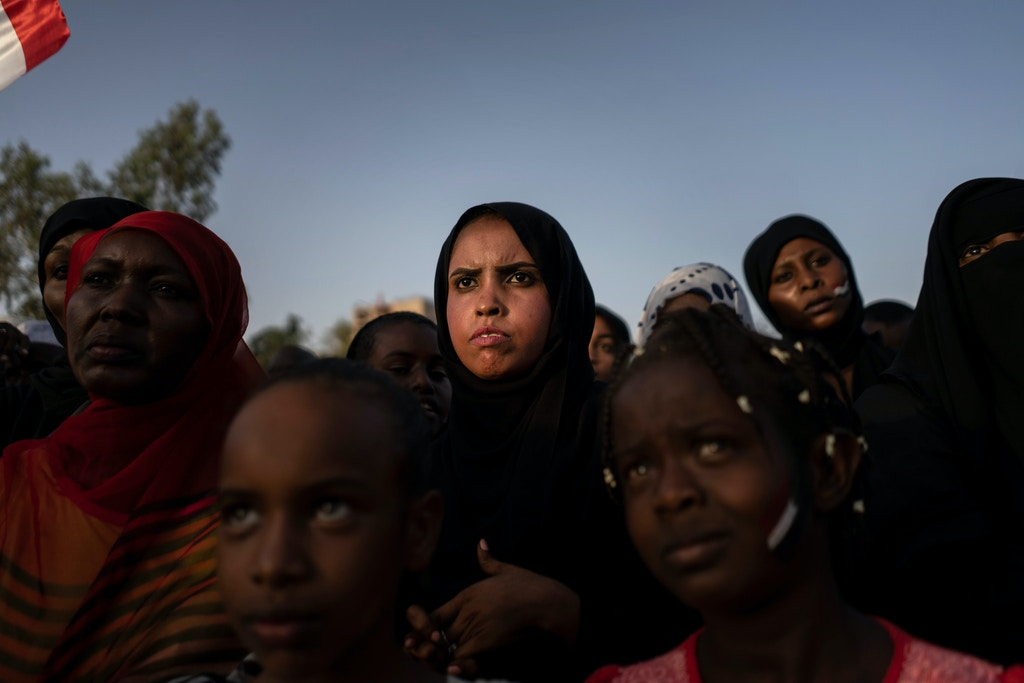 GettyImages-1139479108-sudan-protest-1560967623