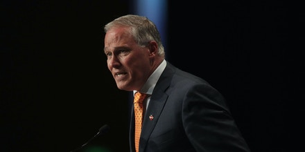 Democratic presidential candidate and Washington governor Jay Inslee speaks at the Iowa Democratic Party's Hall of Fame Dinner on June 9, 2019 in Cedar Rapids, Iowa.