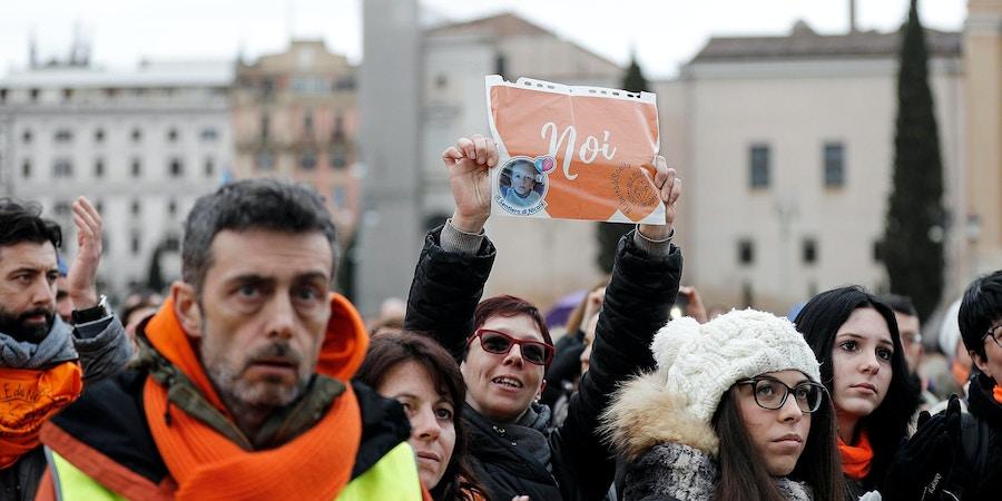 Protesto antivacina ocorrido em fevereiro de 2018 em Roma.