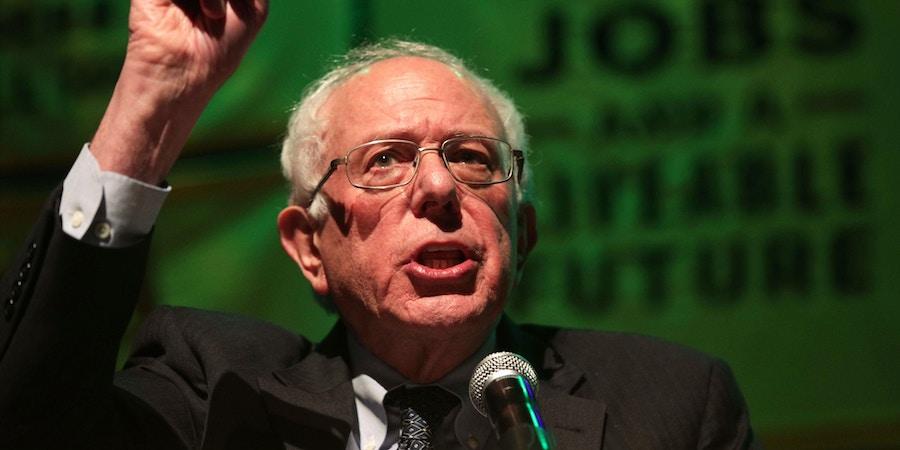 Sen. Bernie Sanders fala durante um comício na Universidade Howard, em 13 de Maio de 2019, em Washington, D.C.