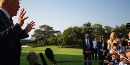 US President Donald Trump speaks to the press as he departs the White House in Washington, DC, on September 22, 2019. (Photo by Alastair Pike / AFP)        (Photo credit should read ALASTAIR PIKE/AFP/Getty Images)