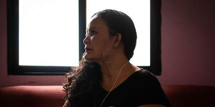 Heydi Lizbeth García Girón, 34, is a survivor of attempted murder by her ex-partner. She hopes to leave Honduras before he is released from prison.