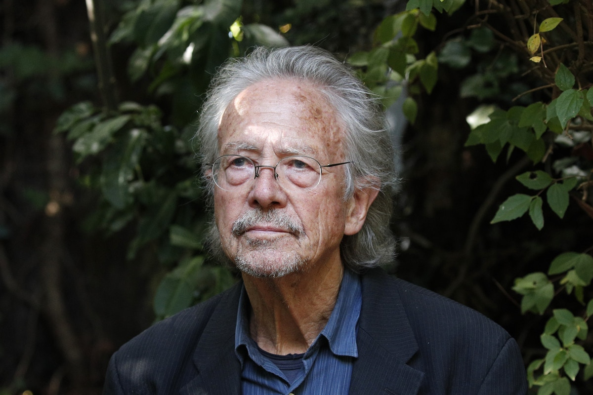 Peter Handke Won the Nobel Prize After Two Jurors Fell for a Conspiracy Theory About the Bosnia War