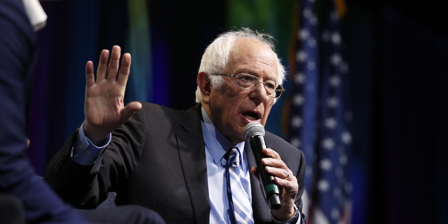 Democratic presidential candidate Sen. Bernie Sanders, I-Vt., speaks at the J Street National Conference, with the hosts of
