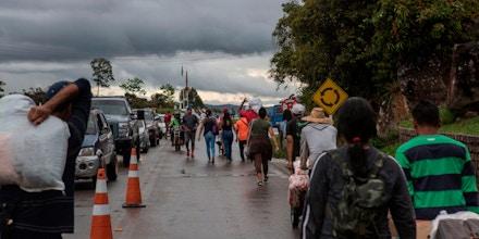 Mais de 3 milhões de venezuelanos já deixaram o país desde 2014 fugindo do governo de Nicolás Maduro. Ao menos 400 mil seguiram para o Brasil via Roraima.