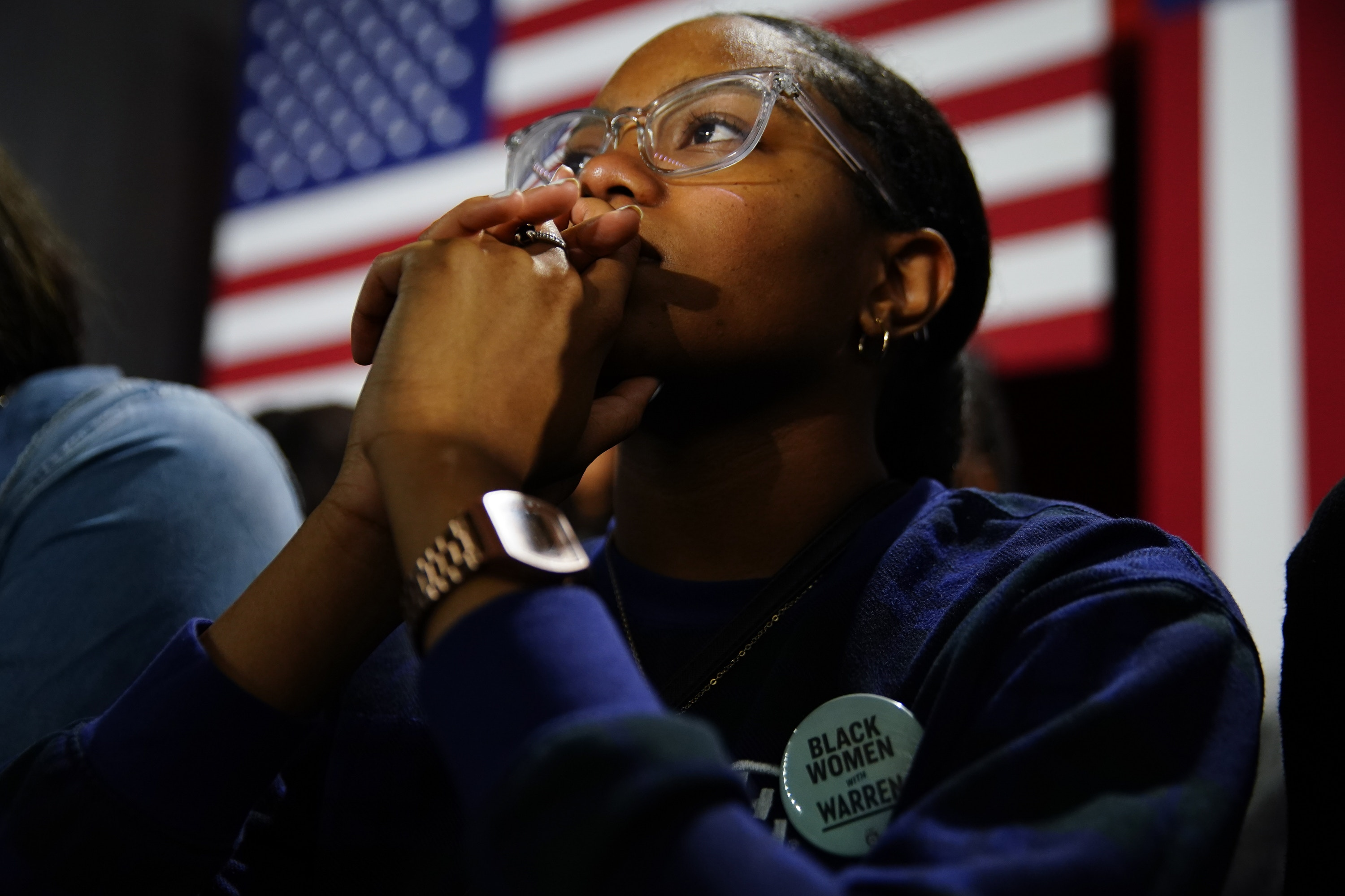 ATLANTA, GA - NOVEMBER 21: An attendee wears a button supporting Sen. Elizabeth Warren (D-MA), at a campaign event at Clark Atlanta University on November 21, 2019 in Atlanta, Georgia. Warren spoke about workers' rights, fighting voter suppression and the accomplishments of Black women activists. (Photo by Elijah Nouvelage/Getty Images)
