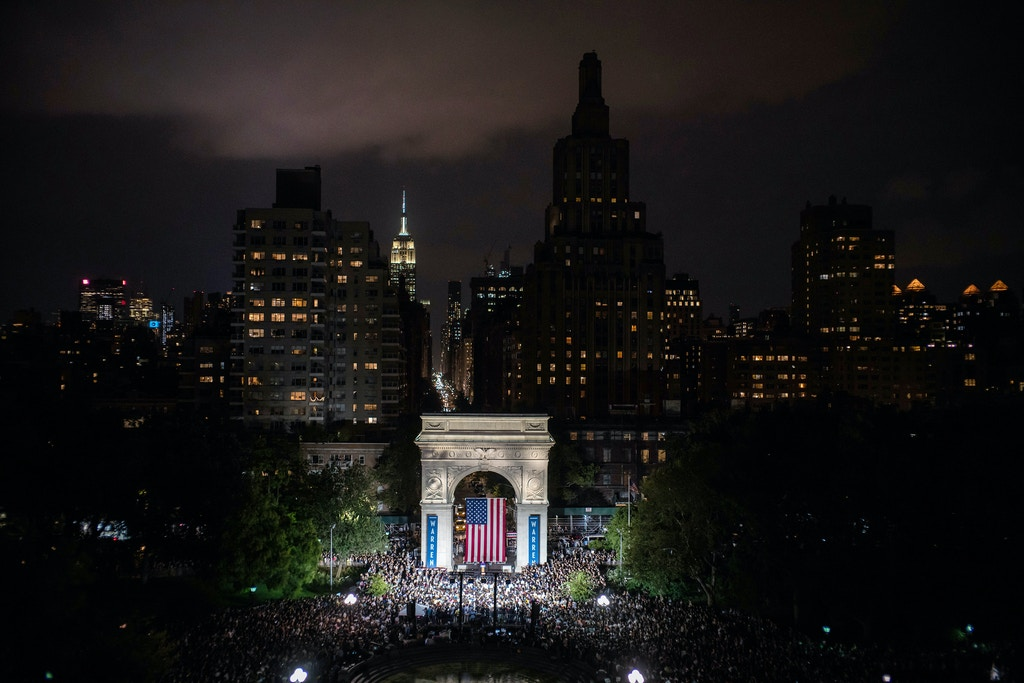 Attendees gather during a rally for Sen. Elizabeth Warren (D-Mass.), a Democratic candidate for president, at Washington Square Park in Manhattan on Monday, Sept. 16, 2019. The Massachusetts senator told a crowd of thousands in New York City that fighting corruption would be central to her presidency. (Todd Heisler/The New York Times)