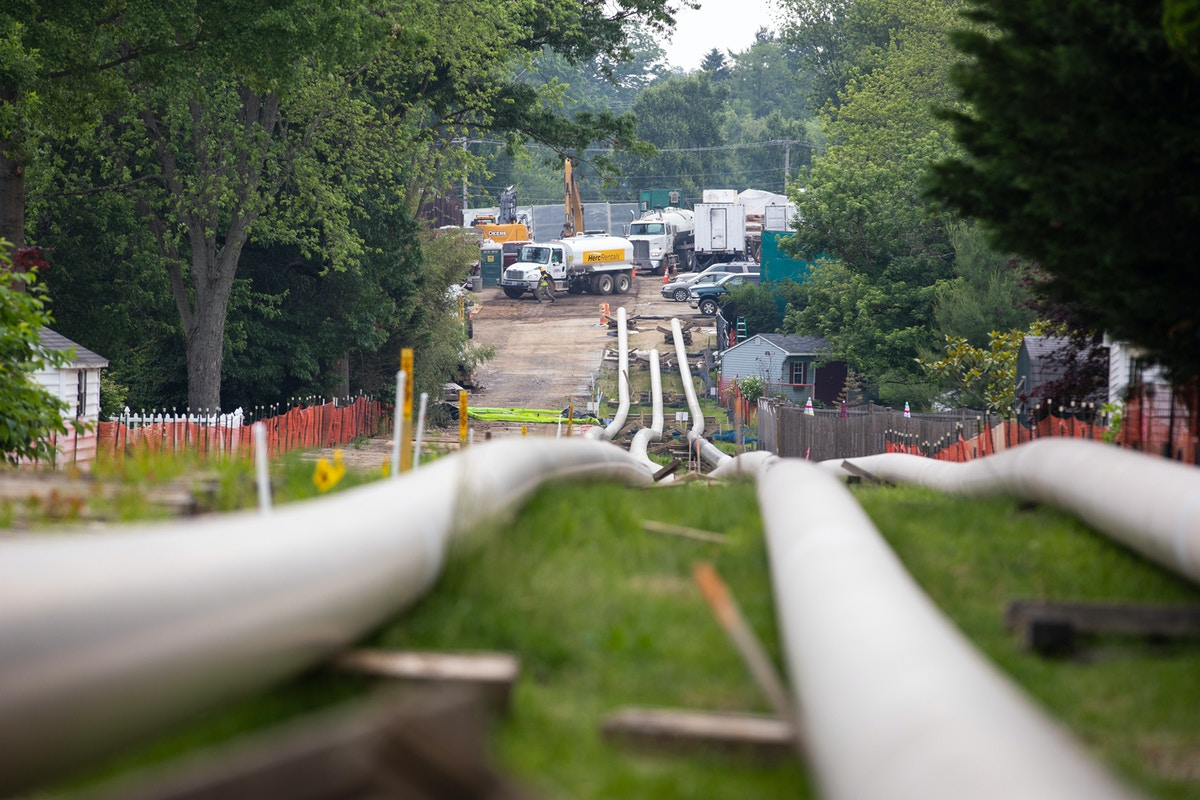 Pipeline Giant Energy Transfer and Its Private Security Contractors Face Bribery Charges in Pennsylvania