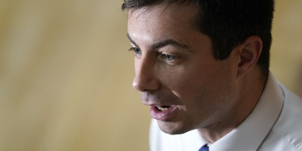 WASHINGTON, IOWA - DECEMBER 08: Democratic presidential candidate South Bend, Indiana Mayor Pete Buttigieg answers questions from the press at a campaign event December 08, 2019 at Washington Middle School in Washington, Iowa. Less than two months remain before Iowa holds its caucuses in the nation's first contest in the 2020 presidential election. (Photo by Win McNamee/Getty Images)