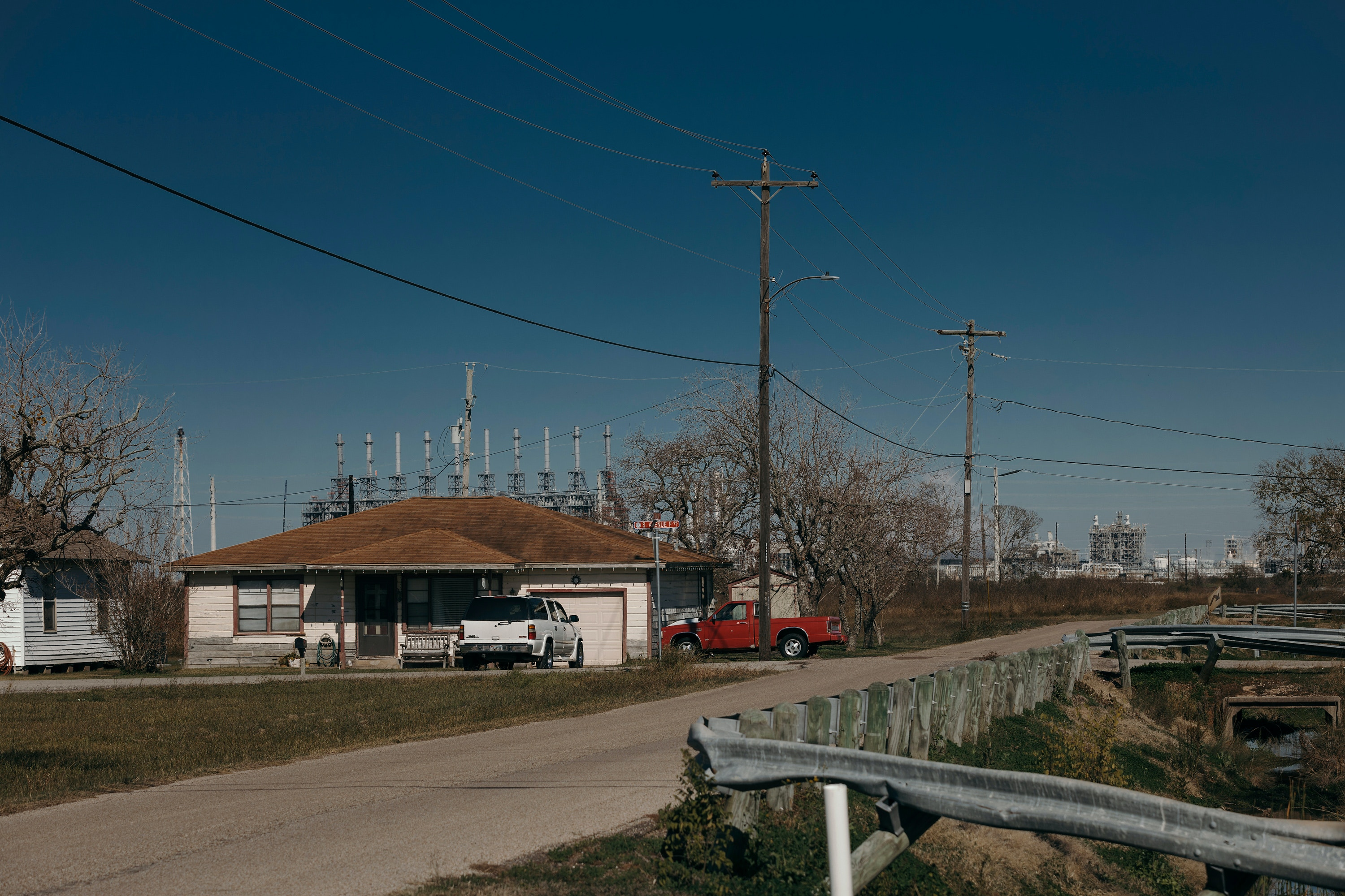 Scenes from Freeport, Texas on Wednesday, December 18th, 2019. Todd Spoth for The Intercept.