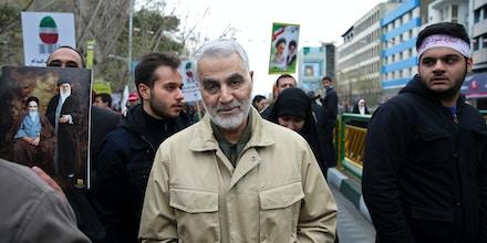 Qassem Soleimani, em fevereiro de 2016, participando da celebração da Revolução Iraniana de 1979.