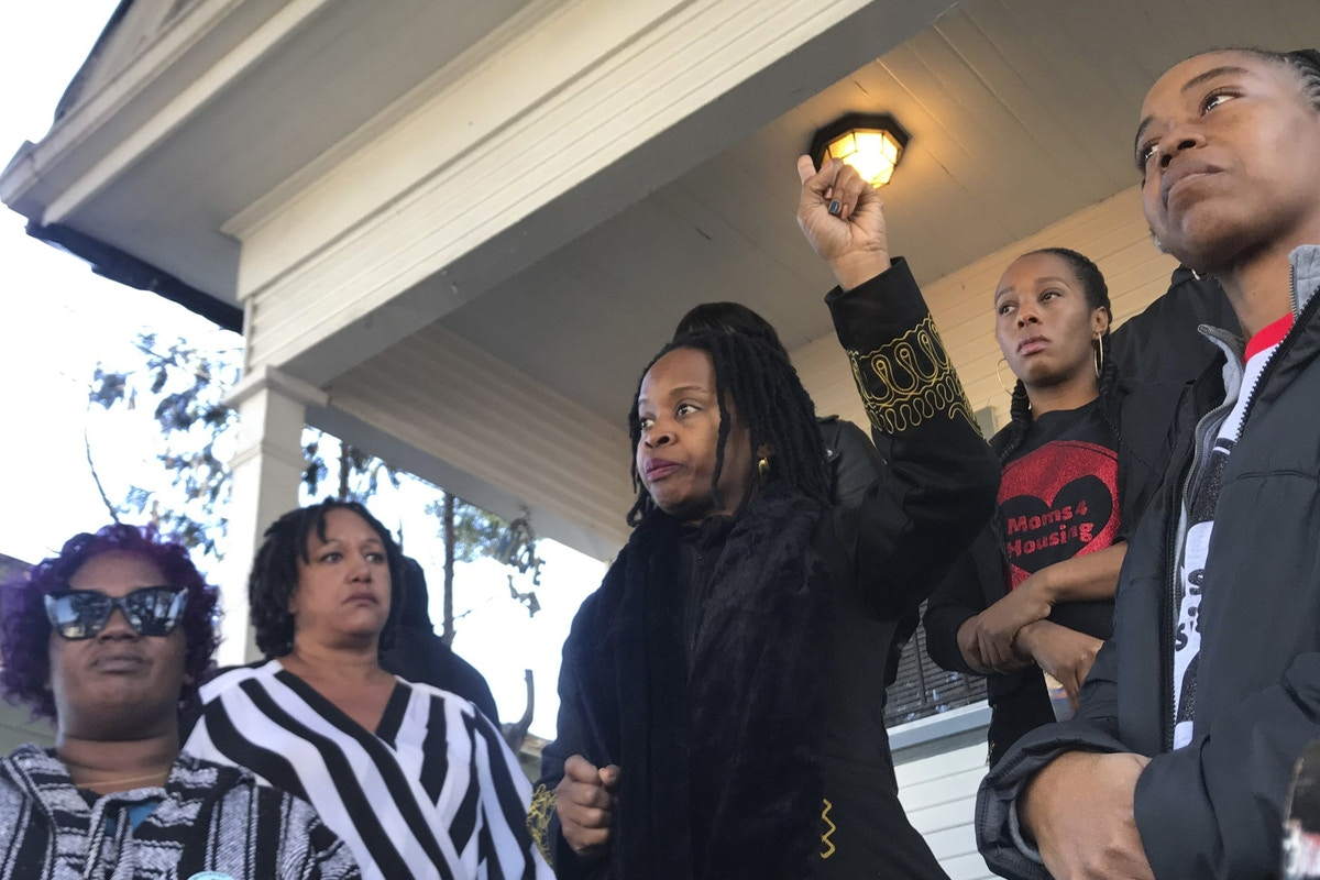 Oakland's Moms 4 Housing Were Evicted by a Giant Corporation That Runs National Home-Flipping Operation