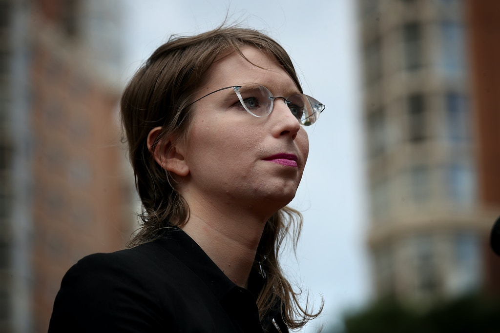 ALEXANDRIA, VIRGINIA - MAY 16:  Former U.S. Army intelligence analyst Chelsea Manning addresses reporters before entering the Albert Bryan U.S federal courthouse May 16, 2019 in Alexandria, Virginia. Manning, who previously served four years in prison for providing classified information to Wikileaks, could face additional jail time for refusing to cooperate in an additional grand jury investigation.  (Photo by Win McNamee/Getty Images)
