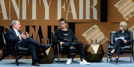 SAN FRANCISCO, CA - OCTOBER 08:  (L-R) Bloomberg LP Founder Michael Bloomberg, Snapchat Co-Founder and CEO Evan Spiegel, and Yahoo News Global Anchor Katie Couric speak onstage during