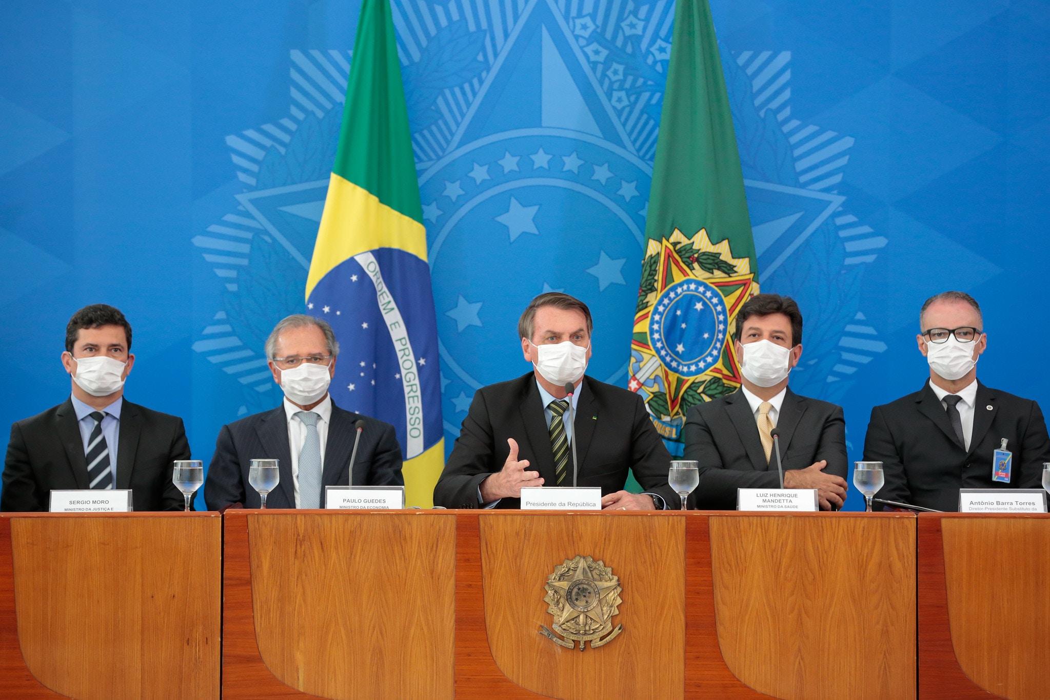 18/03/20. Jair Bolsonaro e Ministros de Estado se reúnem em coletiva de imprensa para falar sobre medidas adotadas pelo governo contra a expansão do coronavírus.