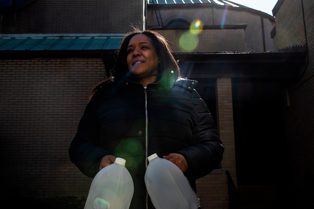 """Newark's Lead Crisis Isn't Over: """"People Are Still Drinking Water That They Shouldn't"""""""