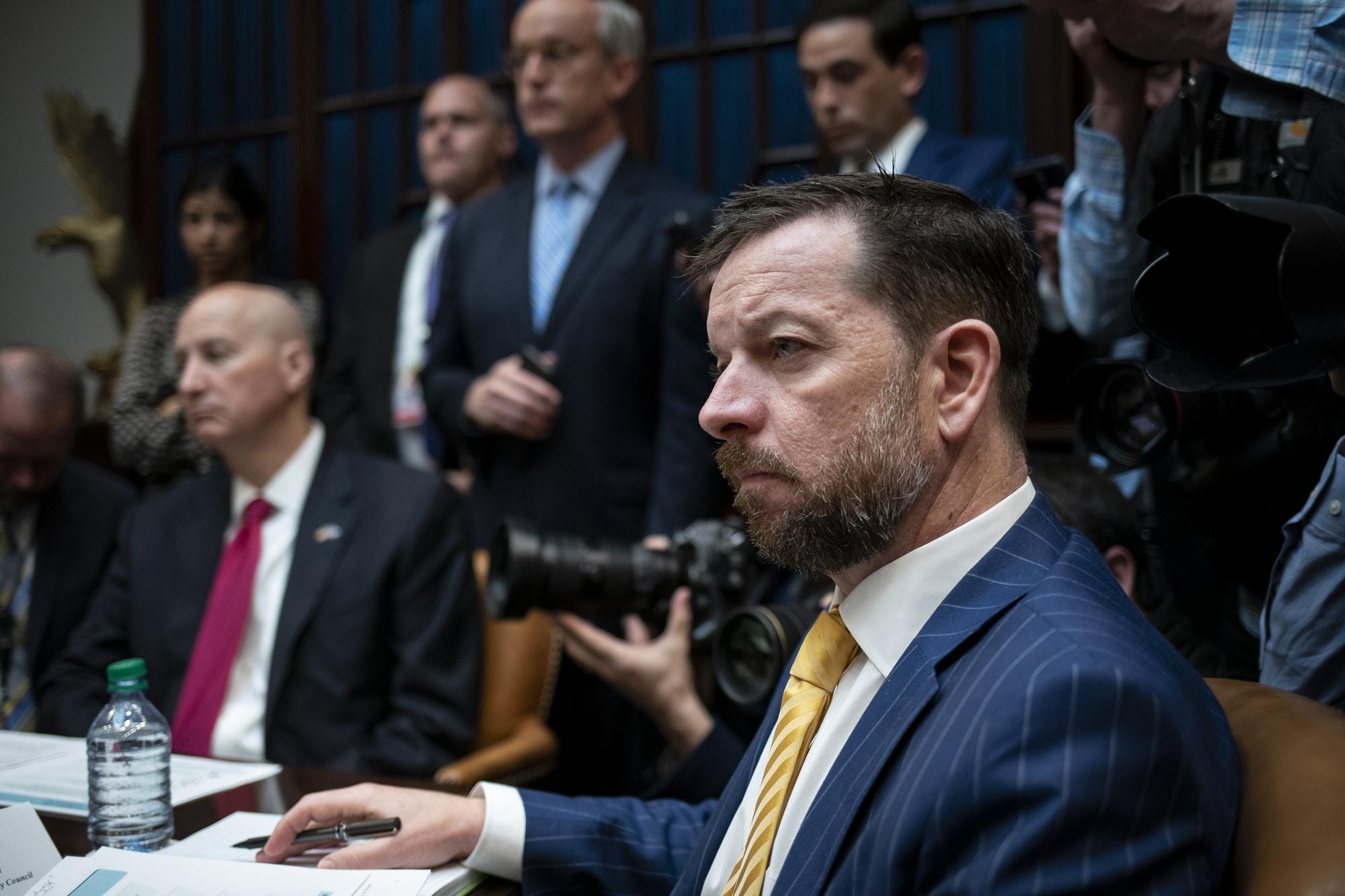 Joe Grogan, diretor do Conselho de Política Doméstica, durante um briefing sobre o novo coronavírus com seguradoras de saúde na Sala Roosevelt da Casa Branca, em Washington, DC, EUA, na terça-feira, 10 de março.