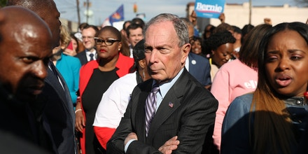 SELMA, AL - MARCH 01:  Democratic presidential candidate, former New York City mayor Mike Bloomberg participates in the Edmund Pettus Bridge crossing reenactment marking 55th anniversary of Selma's Bloody Sunday on March 1, 2020 in Selma, Alabama. Bloomberg is campaigning before voting starts on Super Tuesday, March 3. (Photo by Joe Raedle/Getty Images)
