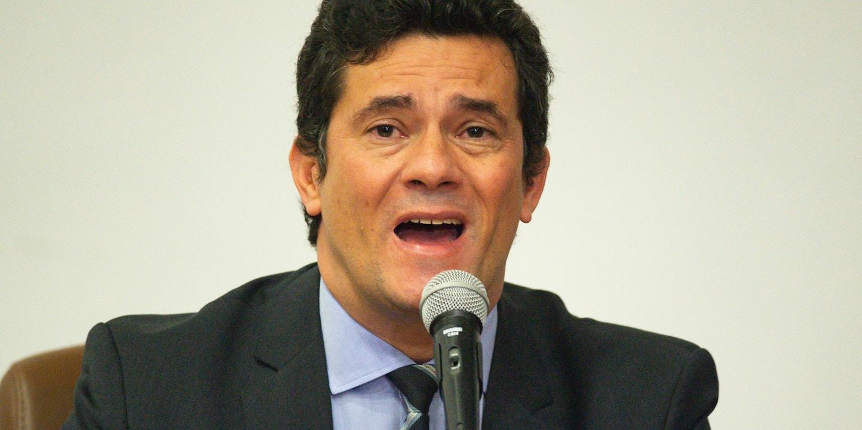 Sergio Moro anuncia sua renúncia ao cargo de ministro da justiça durante coletiva de imprensa em Brasília, dia 24 de abril.