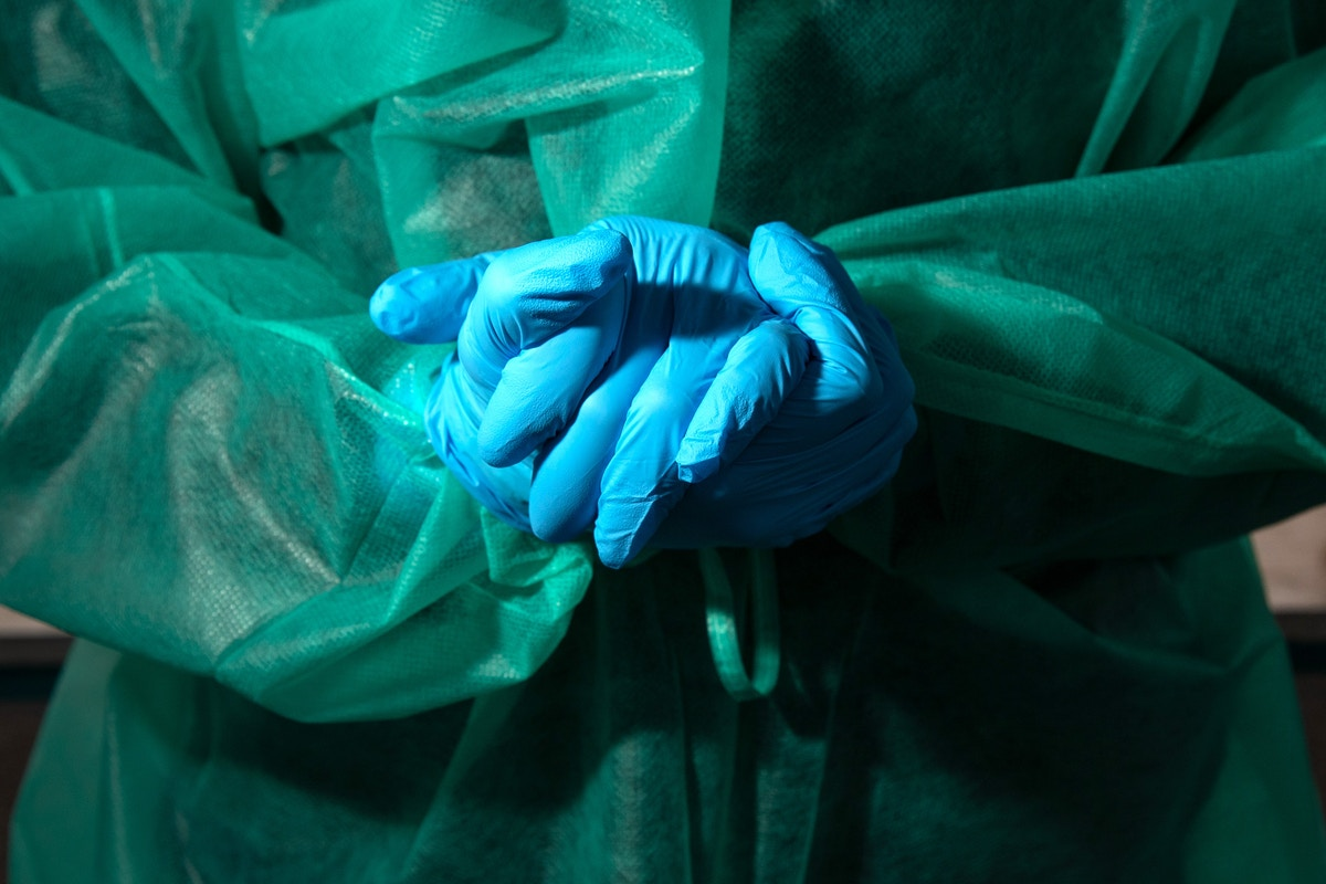 U.S. Visa Rules Prevent Immigrant Physicians From Joining Coronavirus Fight
