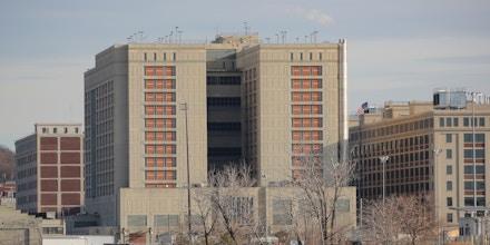 The Metropolitan Detention Center, Brooklyn is seen in the Brooklyn borough of New York City, U.S., February 10, 2019. REUTERS/Brendan McDermid - RC1435627C90