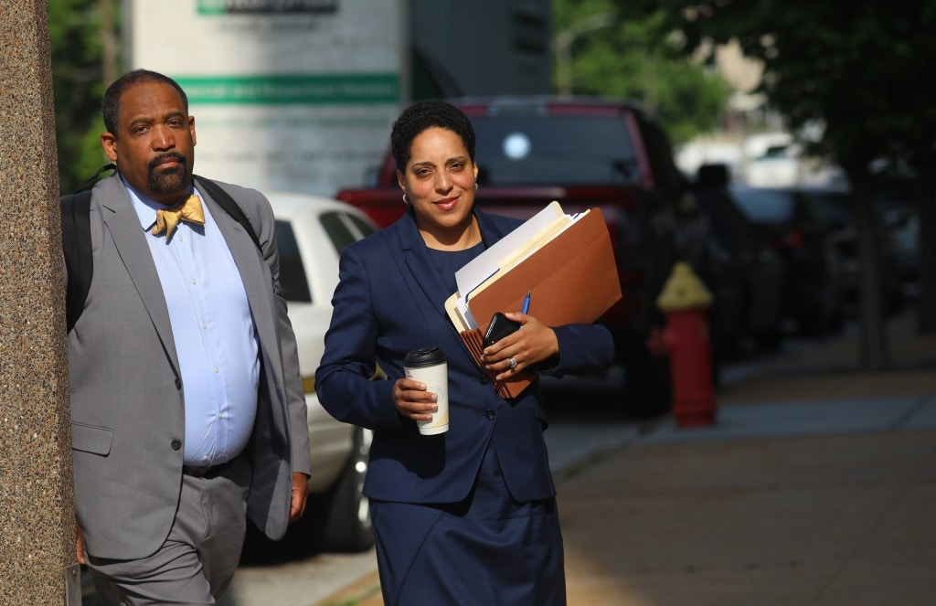 St. Louis Circuit Attorney Kim Gardner, right, and Ronald Sullivan, a Harvard law professor, arrive at the Civil Courts building on May 14, 2018. (Christian Gooden/St. Louis Post-Dispatch/Tribune News Service via Getty Images)
