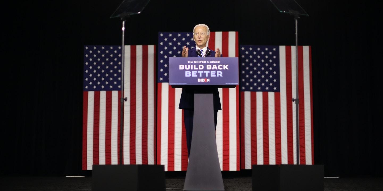O candidato democrata à presidência, Joe Biden, fala no Chase Center em 14 de julho de 2020, na cidade de Wilmington, Delaware.