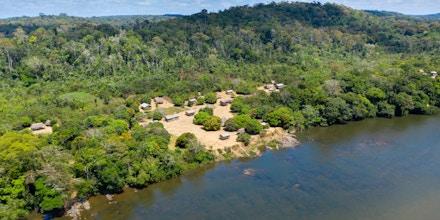 Terra indígena Tumucumaque, no extremo norte do Brasil, vive tensão de possíveis danos ambientais e ameaças de garimpeiros.