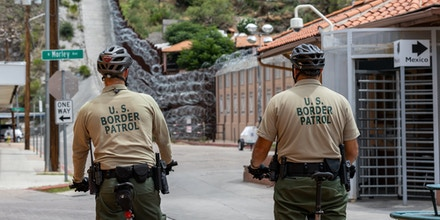 U.S. Border Patrol agents at east of the DeConcini Port of Entry on July 29, 2019.