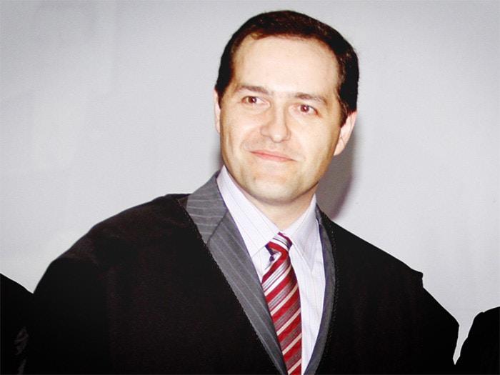 Julio Berezoski Schattschneider