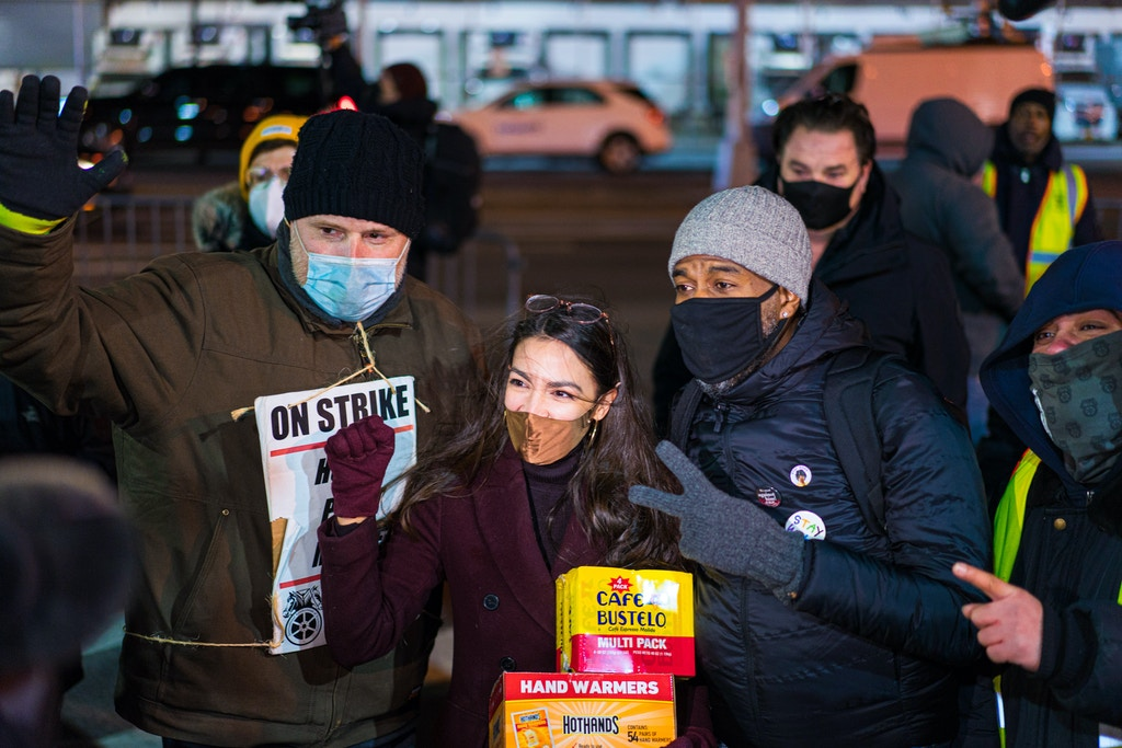 AOC-at-Local-202-Hunts-Point-picket-line